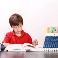 Aligeremos la pesada carga de los deberes escolares